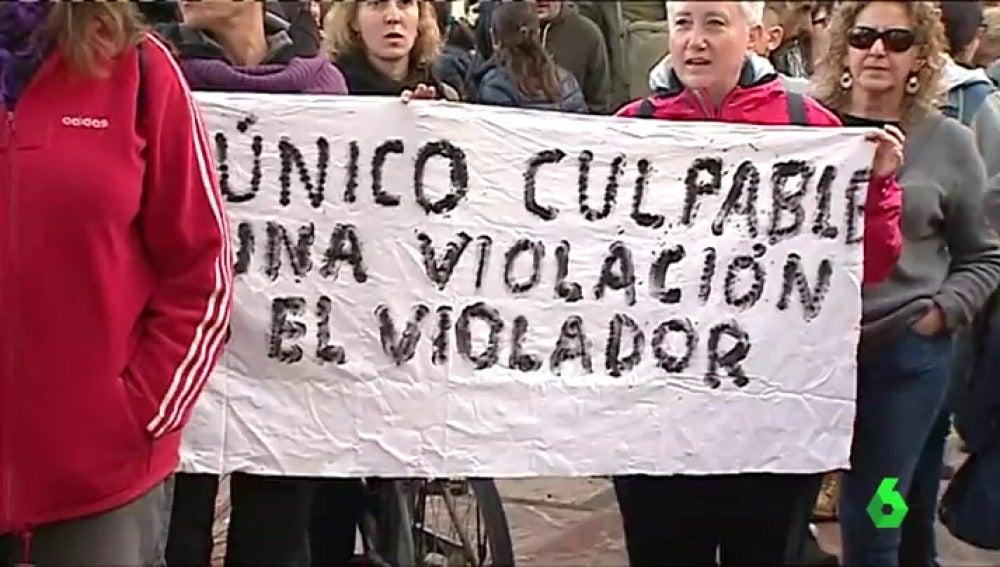 Manifestación en Valencia en apoyo a la víctima de La Manada