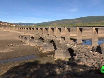 El puente romano de Vinuesa, en deterioro.