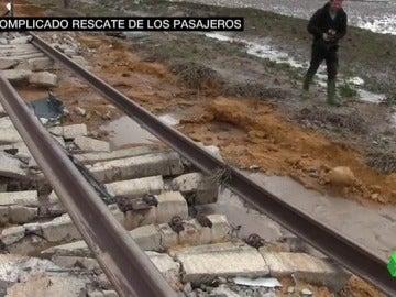El estado de la vía donde se accidentó el tren