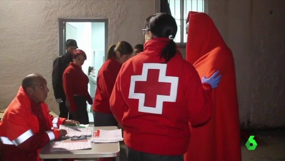 Buscan una patera con 34 personas a bordo desaparecida en aguas marroquíes