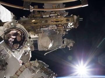 Amanece en la Estación Espacial Internacional