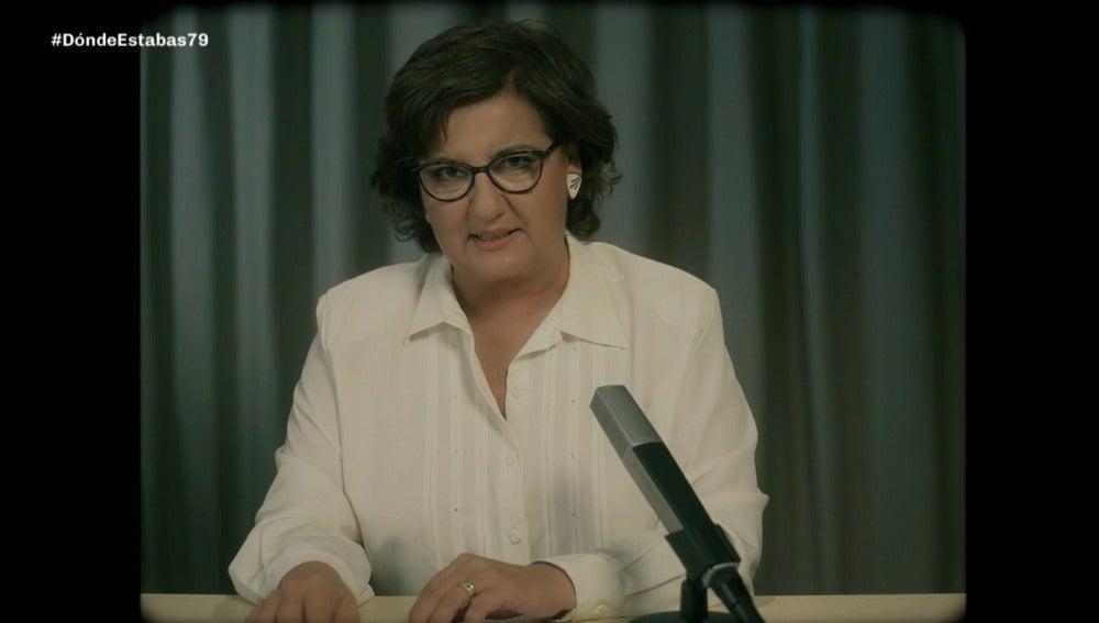 Olga Viza presenta el telediario internacional de 1979