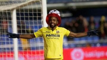 Bakambu celebra un gol ante la Ponferradina