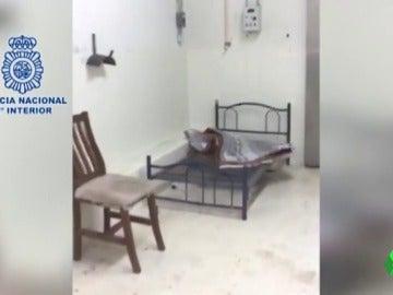 La cámara frigorífica en la que estaban secuestrados los dos españoles