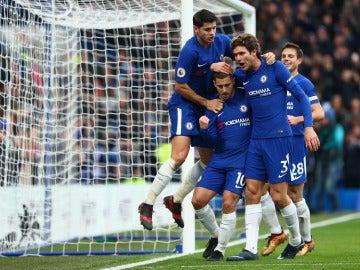 Los jugadores del Chelsea celebran un gol ante el Newcastle