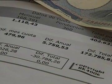 Alrededor de 70.000 españoles firmaron una hipoteca multidivisa