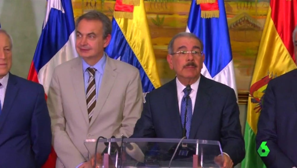El expresidente del Gobierno español José Luis Rodríguez Zapatero y el presidente dominicano, Danilo Medina