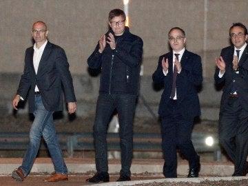 Romeva, Carles Mundó, Jordi Turull, y Josep Rull, a su salida de la prisión de Estremera