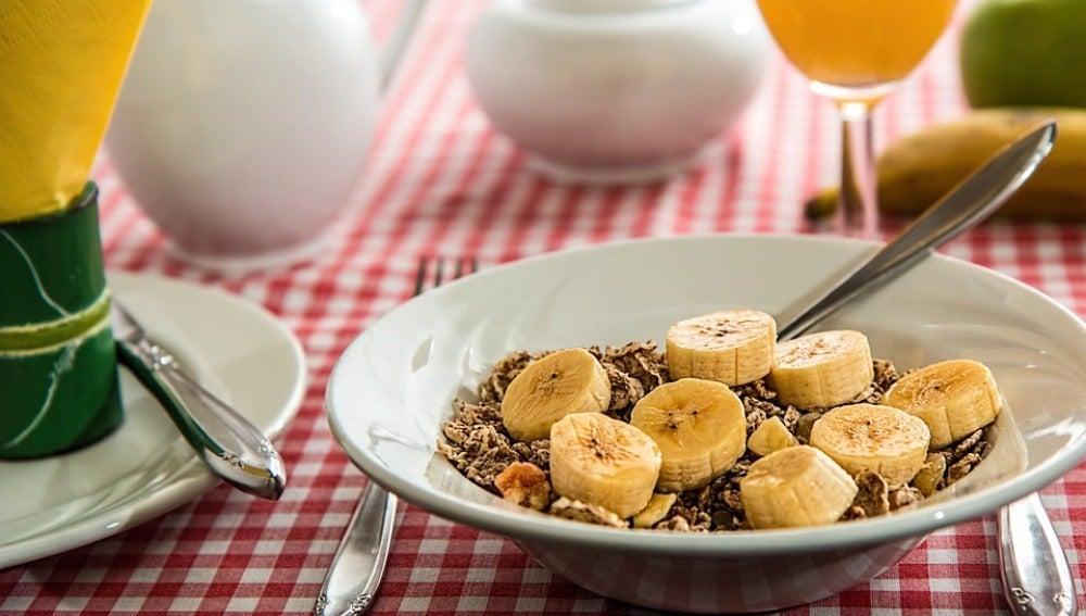 Tomar dos raciones diarias de cereales integrales se asocia con una menor mortalidad