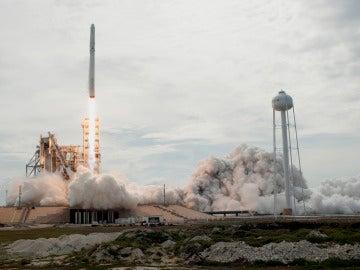 El pasado ocho de diciembre partió el carguero Dragon de Space X en la decimotercera misión de la empresa