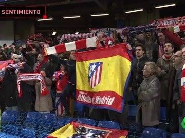 La afición del Atlético de Madrid siguió cantando a los suyos tras caer eliminados