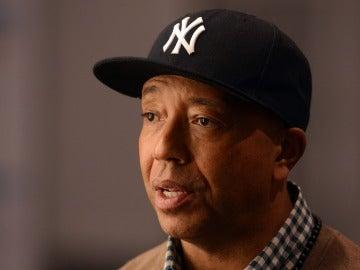 La policía investiga al productor musical Russell Simmons por presunta violación