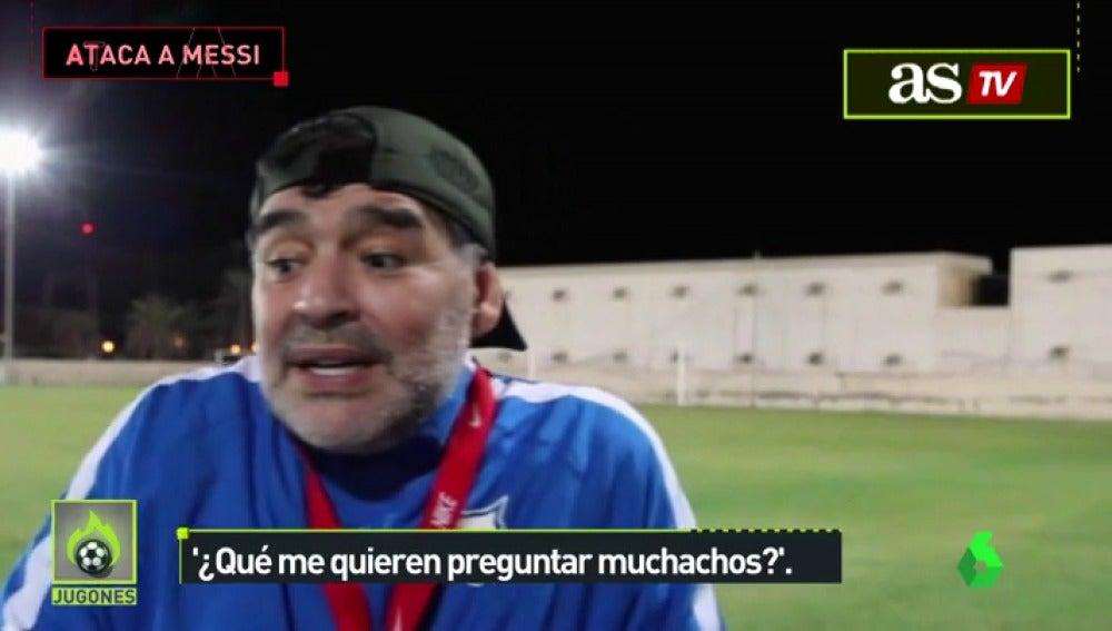MaradonaJugones