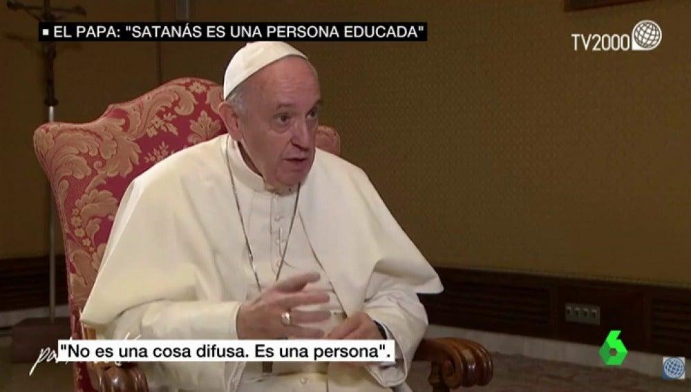 El papa Francisco durante una entrevista