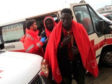 Inmigrantes rescatados en aguas del Estrecho de Gibraltar