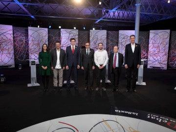 Los representantes de los siete partidos que han participado en el debate a siete previo al 21D