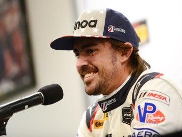 Fernando Alonso, en una rueda de prensa en Daytona
