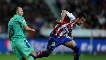 Nacho Novo en un partido con el Sporting
