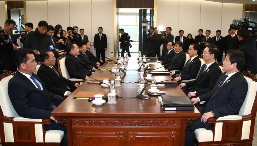 Las dos Coreas inician su primera reunión en más de dos años