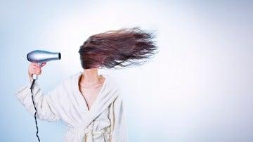 Secarse el pelo es un rollo, pero es necesario