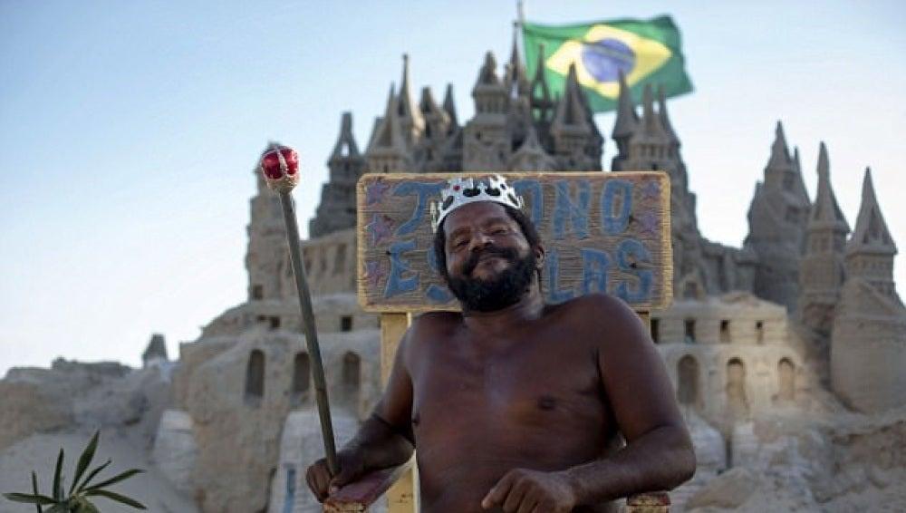 Marcio Mizael Matolias, el 'rey de la playa'