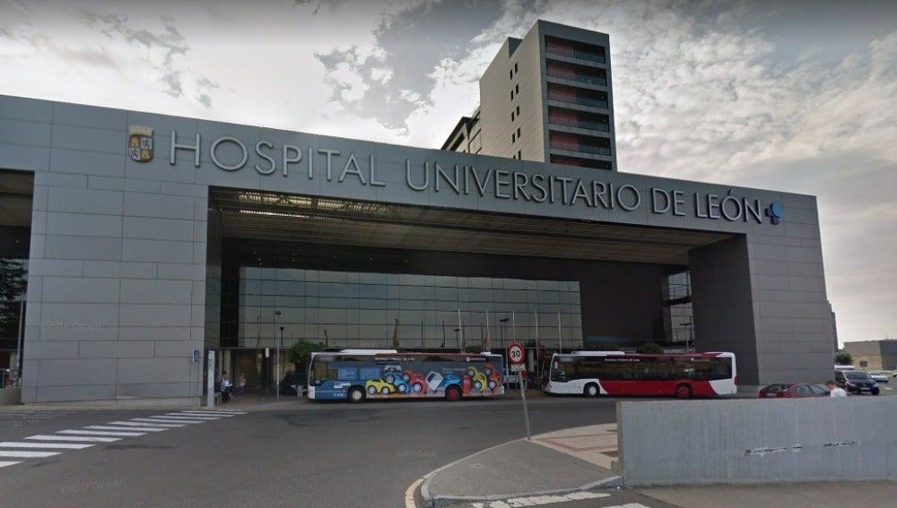 Fachada del Hospital Universitario de León