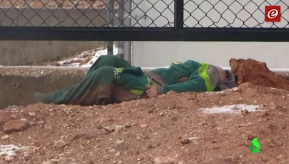 Al menos 15 refugiados sirios muertos por el frío en el Líbano cuando intentaban huir de la guerra