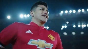 Alexis Sánchez, con la camiseta del Manchester United