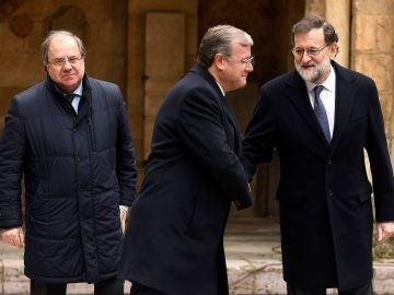 Mariano Rajoy advierte al Puigdemont y al Parlament