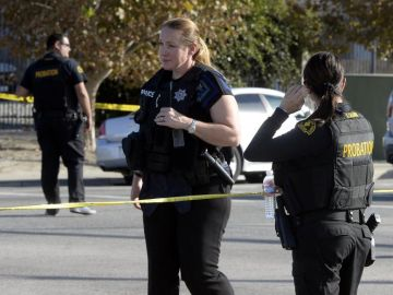 Varios miembros de la policía estadounidense