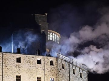 Incendio en la abadía italiana que inspiró 'El nombre de la rosa'