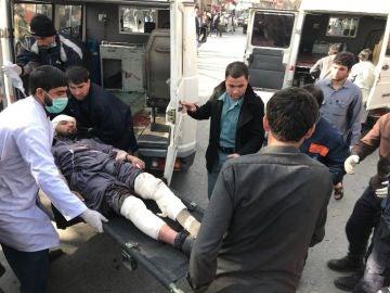 Al menos 17 muertos y 110 heridos tras un atentado en el centro de Kabul