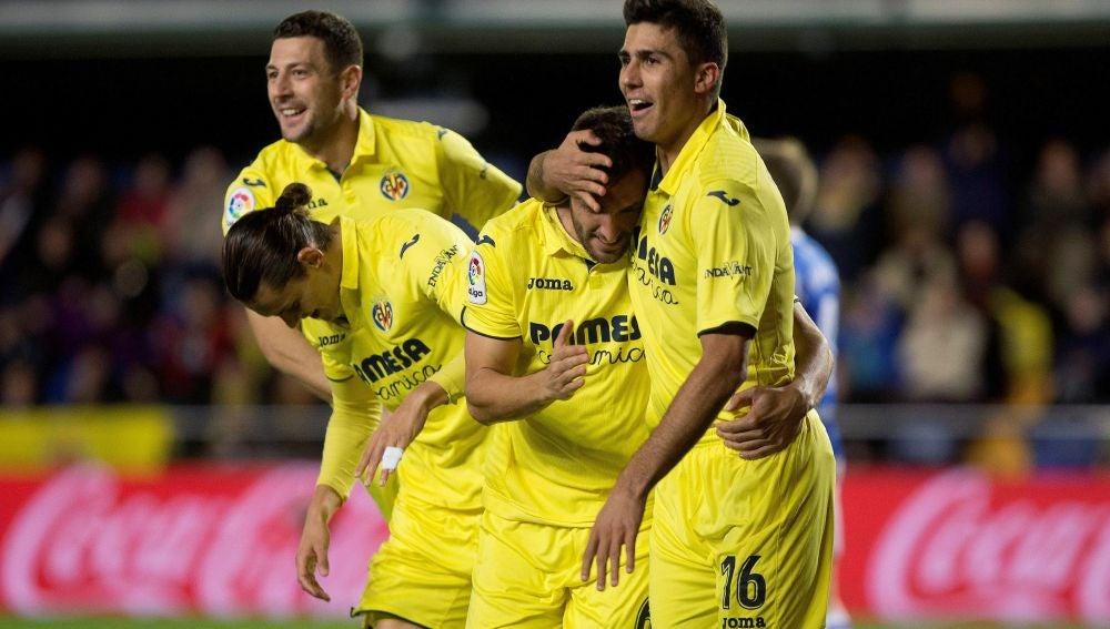 El Villarreal celebrando el gol ante la Real
