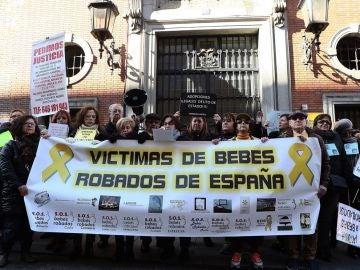 Manifestación en Madrid de las víctimas del robo de bebés