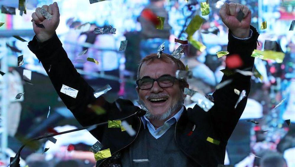 El candidato presidencial Rodrigo Londoño, alias Timochenko, habla durante el lanzamiento de su campaña política