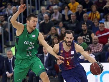 El Barcelona gana al Joventut