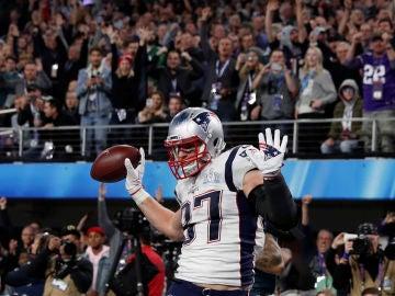 Gronkowski celebra un touchdown durante la Super Bowl