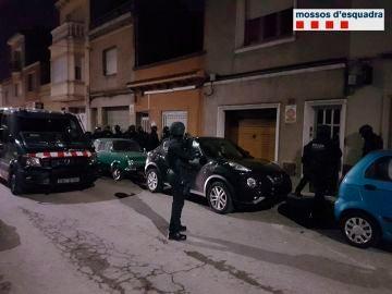 Los Mossos desarrollan una operación en el área de Barcelona contra los 'Ángeles del Infierno'