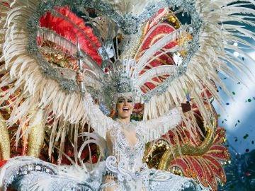 Carmen Lourido protagoniza su cuento y reinará en el carnaval de Tenerife