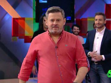 Mario Vaquerizo consigue hacer de Miki Nadl un auténtico modelo de pasarela