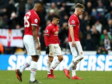 Los jugadores del United, cabizbajos