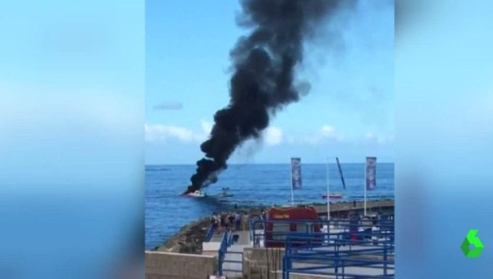 Explosión de un barco de recreo en Tenerife