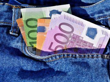 Euros en un bolsillo