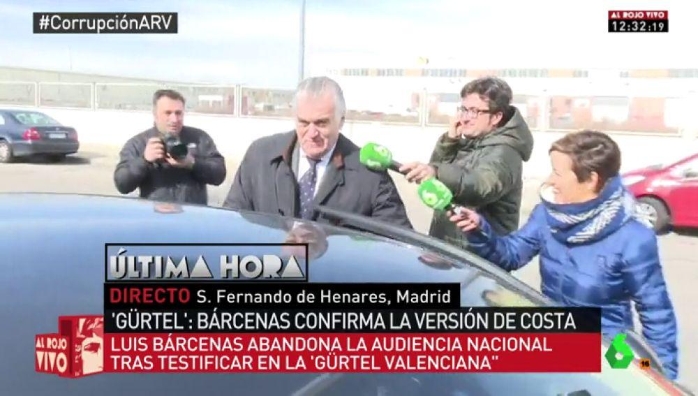 """La persecución de Cristina Pardo a Bárcenas tras declarar por la 'Gürtel': """"¿Con quién ha aprendido a caminar, con Rajoy?"""""""
