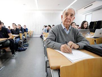 Miguel Castillo, erasmus a los 80 años