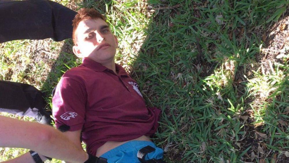 El autor del tiroteo Nikolas Cruz, de 19 años,  en el momento de su detención