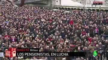 Centenares de pensionistas se movilizan en Bilbao