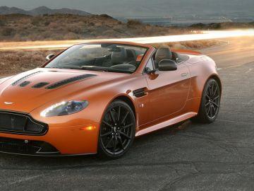Aston_Martin-V12_Vantage_S_Roadster_2015_00.jpg