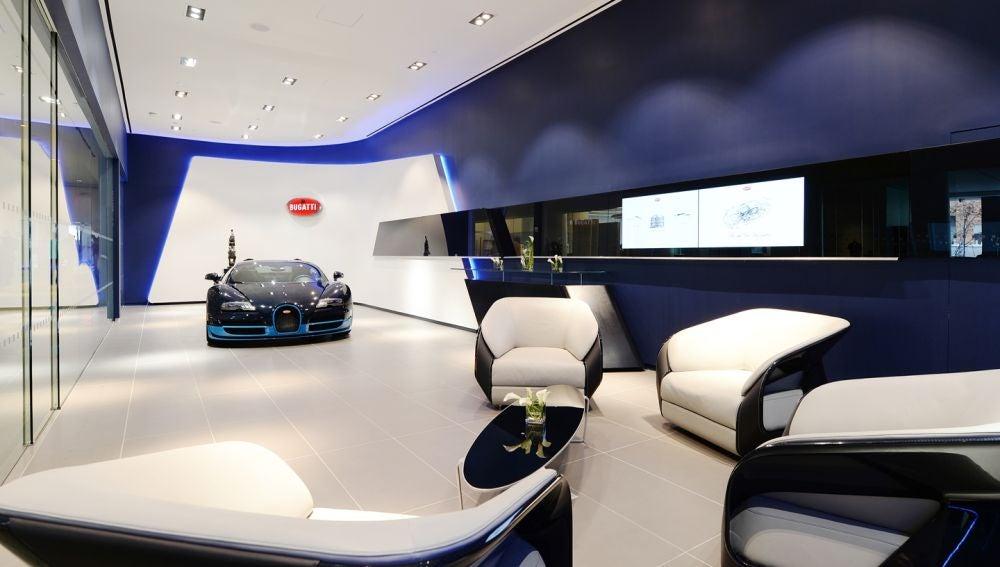 bugatti-dealers-EEUU-091115-01.jpg