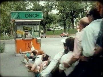 1989, el año que el anuncio del 'Cuponazo' cambió la publicidad en televisión: 800 extras dirigidos por el equipo de 'Apocalipsis now'